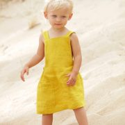 minimal-childrens-clothing